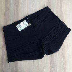 Shorts Gr. 36 H&M Hotpants schwarz NEU mit Etikett kurz Hose Jeans Twillshorts Umschlag