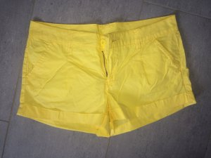 Colours of the World Shorts yellow cotton