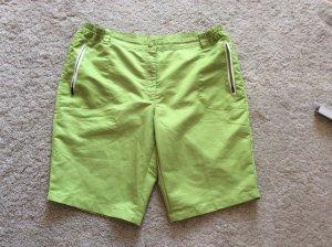 Crivit High-Waist-Shorts grass green