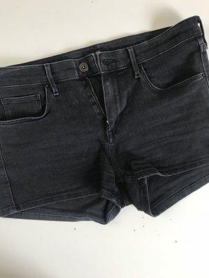 Shorts grau/schwarz