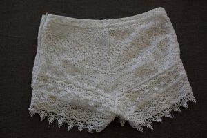 shorts H&M Gr. 36 weiß spitze boho