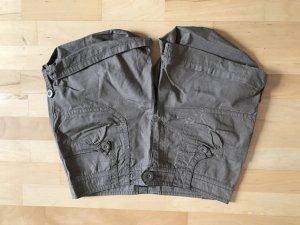 Shorts H&M Gr 40 braun/taupe