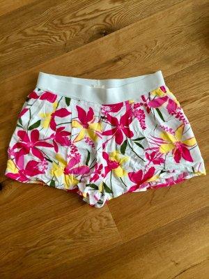 Shorts H&M weiß mit linken Blumen 38