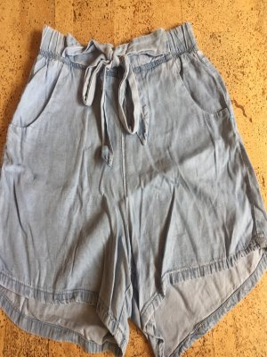 Shorts hellblau clockhouse gr. 36