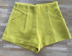 Shorts - hochgeschnitten - Senfgelb