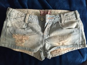 Shorts (Hot pants) von Bershka