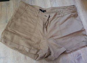 Shorts in beige in der Größe 36