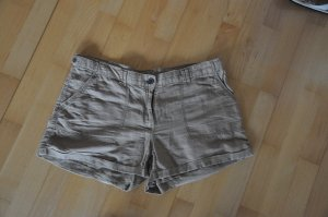 Shorts in Beige von H&M
