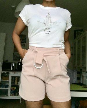 Shorts in Nude Größe 34