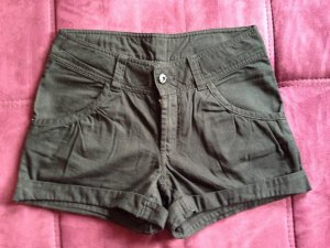 Shorts in Schwarz-Denim Größe 158(entspricht 34)