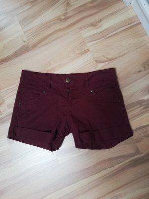 Shorts in weinrot Größe 36