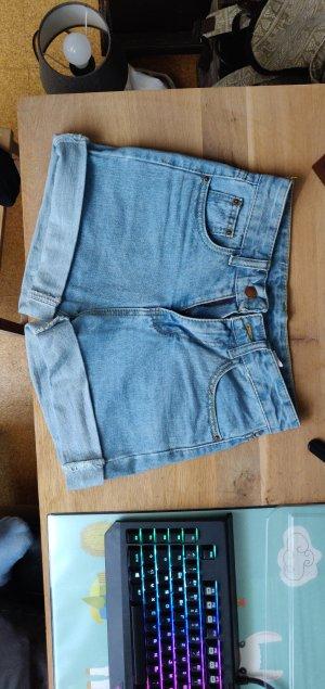 Short bleu azur