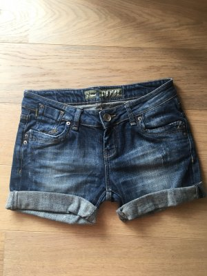 Shorts Jeansshorts kurze Hose Hotpants W29 Denim