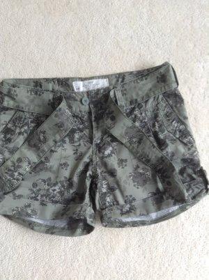 Shorts / Khaki / Gr. 34/36 / H&M