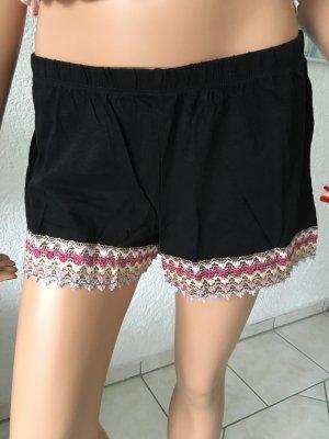 Shorts, kurze Hose