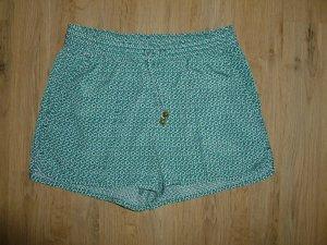 Shorts kurze Hose H&M grün weiß