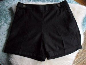 Shorts, kurze Hose, H&M schwarz, Gr. 40 Business, toll zu Stiefeln, Winter, NEU