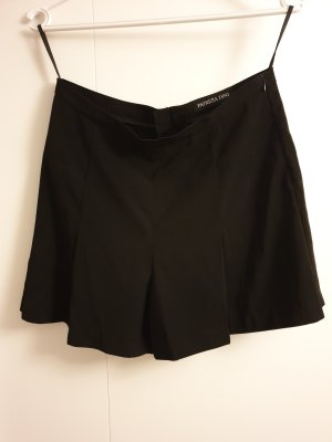 Shorts/ Kurze Hose Rockoptik Gr. 36