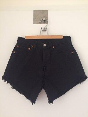 Shorts Lewis