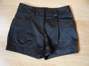 Carry Allen by Ella Singh Short Trousers black mixture fibre
