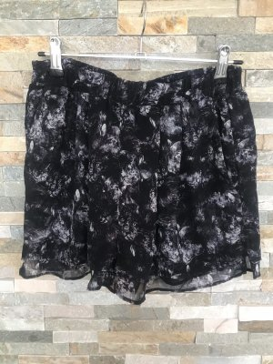 H&M Shorts dark violet