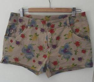 Shorts mit Blümchenmuster