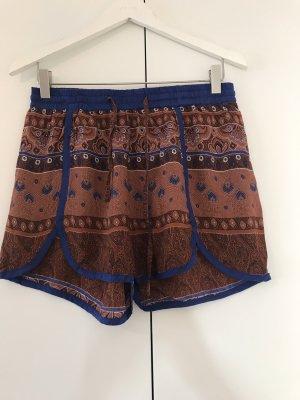 Shorts mit ethnoprint