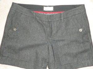 Shorts mit Fischgrätenmuster