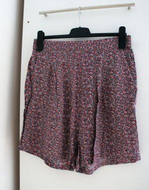 Shorts mit Millefleurs-Muster
