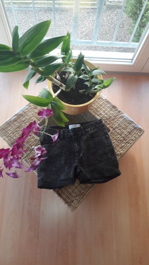 Shorts mit Muster und Taschen