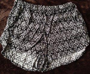 Shorts mit Muster von H&M