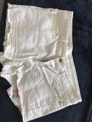 Shorts mit sichtbaren Innentaschn