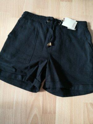 Shorts mit Taschen an den Seiten