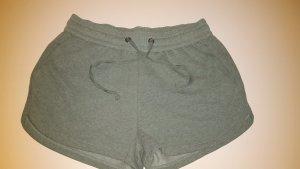 Shorts Neu * H&M *