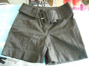 Shorts schwarz Gürtel schwarz H&M XS 34 98% Baumwolle