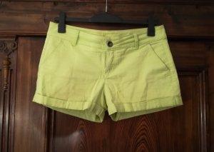Stile Benetton Short jaune primevère-jaune citron vert