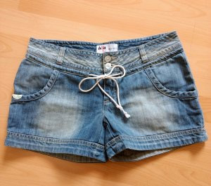 Shorts von Billabong