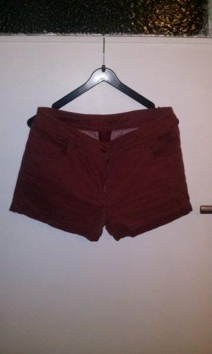Shorts von Bleed