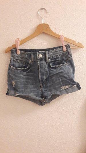 H&M Pantalón corto de tela vaquera gris-azul celeste