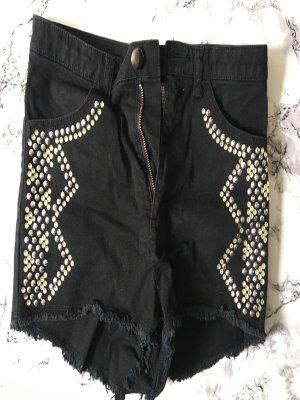 Shorts von H&M mit Strasssteinen