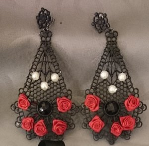 ShuShum Vintage Statement-Earrings Red Roses & Black Lace Handmade Piece of Art