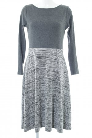 Sienna Strickkleid Ringelmuster Casual-Look