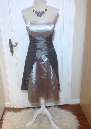 silber graues Abendkleid mit Stola