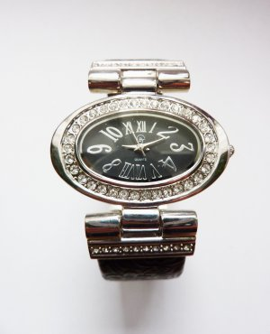 silber Leder Armbanduhr mit Kristallen Quarzuhr