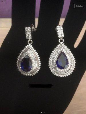 Silber-Ohrstecker mit Glaskristallen von Gallery of Jewellery