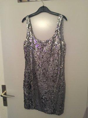 Silber Pailletten Kleid rückenausschnitt