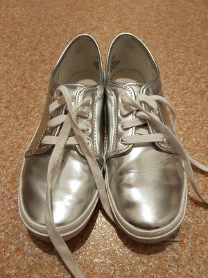 H&M Chaussures à lacets argenté