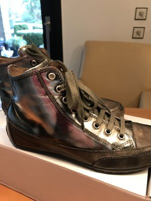 Silber Sneaker Gr.37 Candice Cooper wenige Male getragen