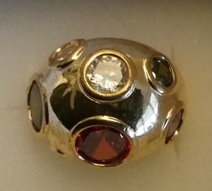 Silber vergoldeter Ring mit Halbedelsteinen  /Judith Williams