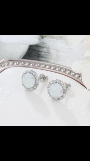Zilveren oorbellen babyblauw-wit